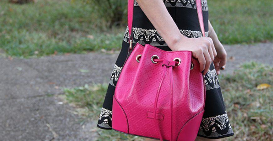 Look do Dia: Camisa Pink + Scarpin Sophia Webster
