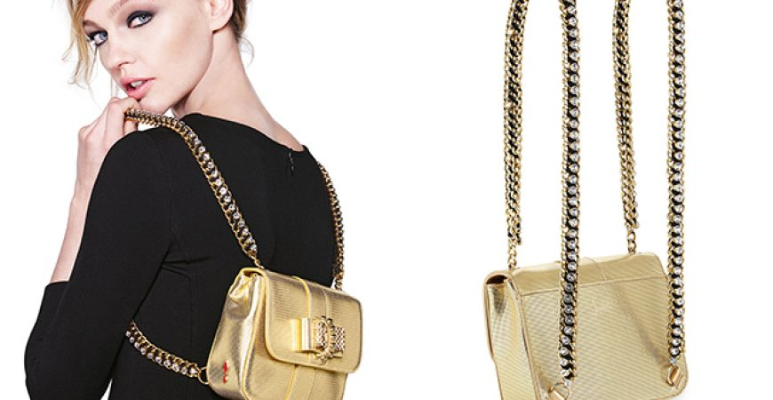 Must have: Mini Bag Sweet Charity Louboutin